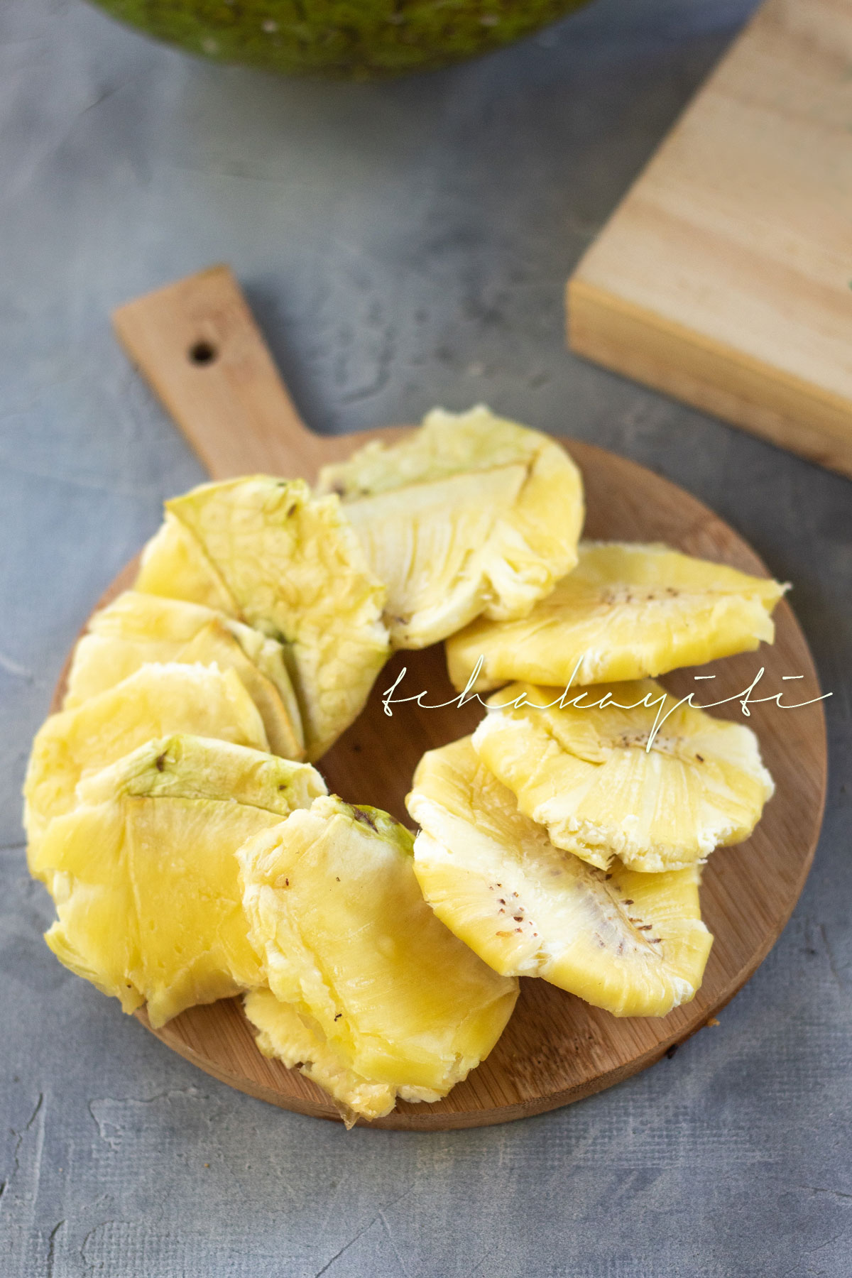 These pressed veritab aka breadfruit tostones make a great snack, appetizer or side dish. Eat them with a spicy slaw, or simply with salt sprinkled on top. | tchakayiti.com